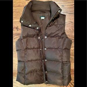 J Crew Excursion Puffer vest in Dark Brown Sz. S